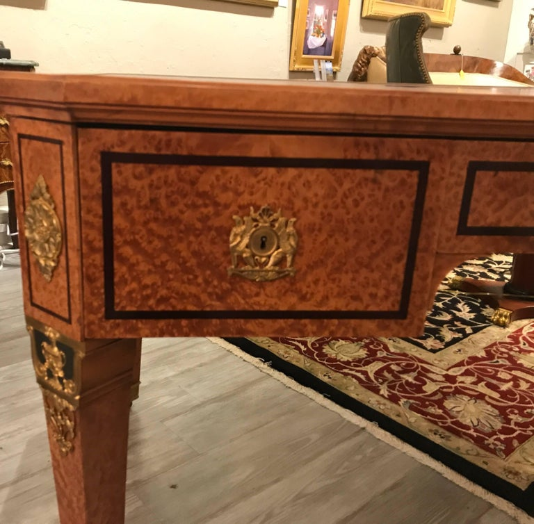 20th Century Large Neoclassical Bird's-Eye Maple Leather Top Desk For Sale