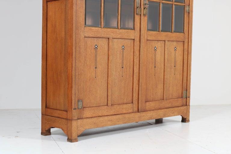 Large Oak Arts & Crafts Art Nouveau Bookcase, 1900s For Sale 3