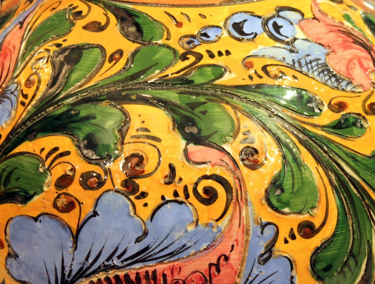 Large Old or Antique Hand-Turned Italian Faience Majolica Sgraffito Pottery Vase For Sale 5
