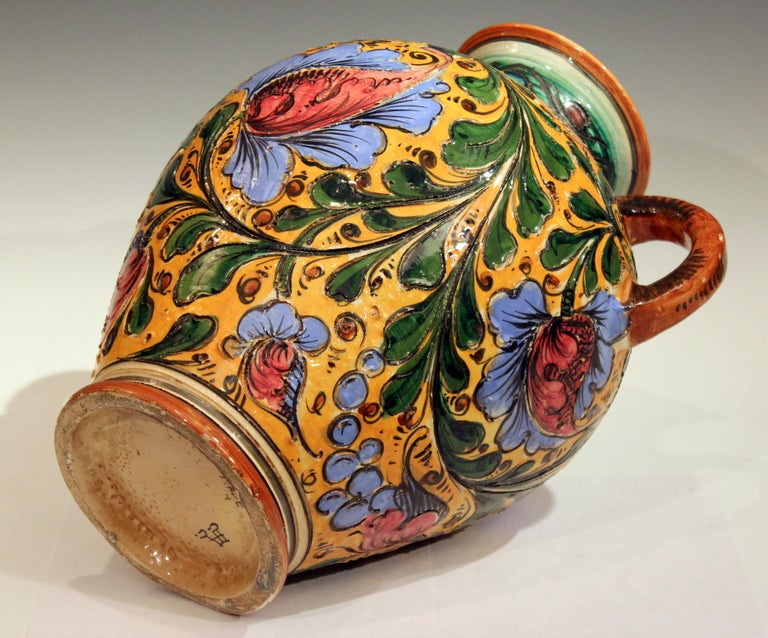 Large Old or Antique Hand-Turned Italian Faience Majolica Sgraffito Pottery Vase For Sale 2