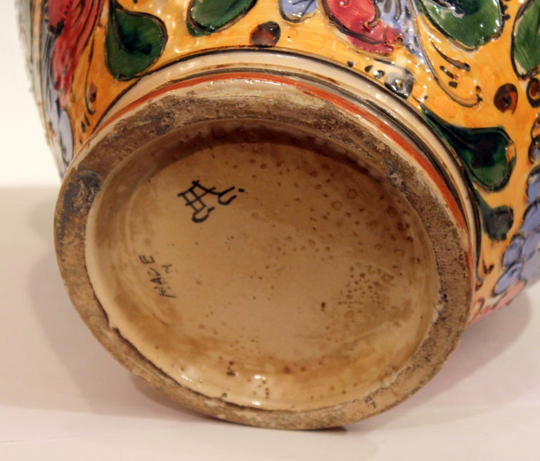 Large Old or Antique Hand-Turned Italian Faience Majolica Sgraffito Pottery Vase For Sale 3