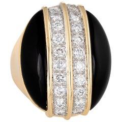 Large Onyx Diamond Ring Vintage 18 Karat Yellow Gold Oval Cocktail Jewelry