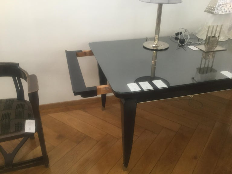Large Original Art Deco 1930s beechwood Dining Table Glass Top and brass boots In Good Condition For Sale In Vienna, AT