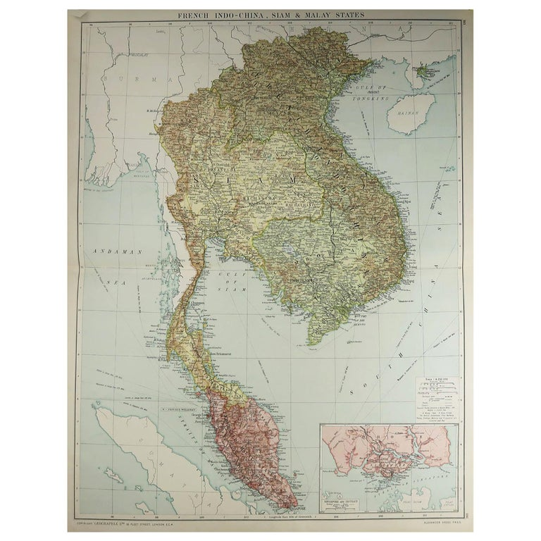 Large Original Vintage Map of S.E Asia, with a Vignette of Singapore For Sale