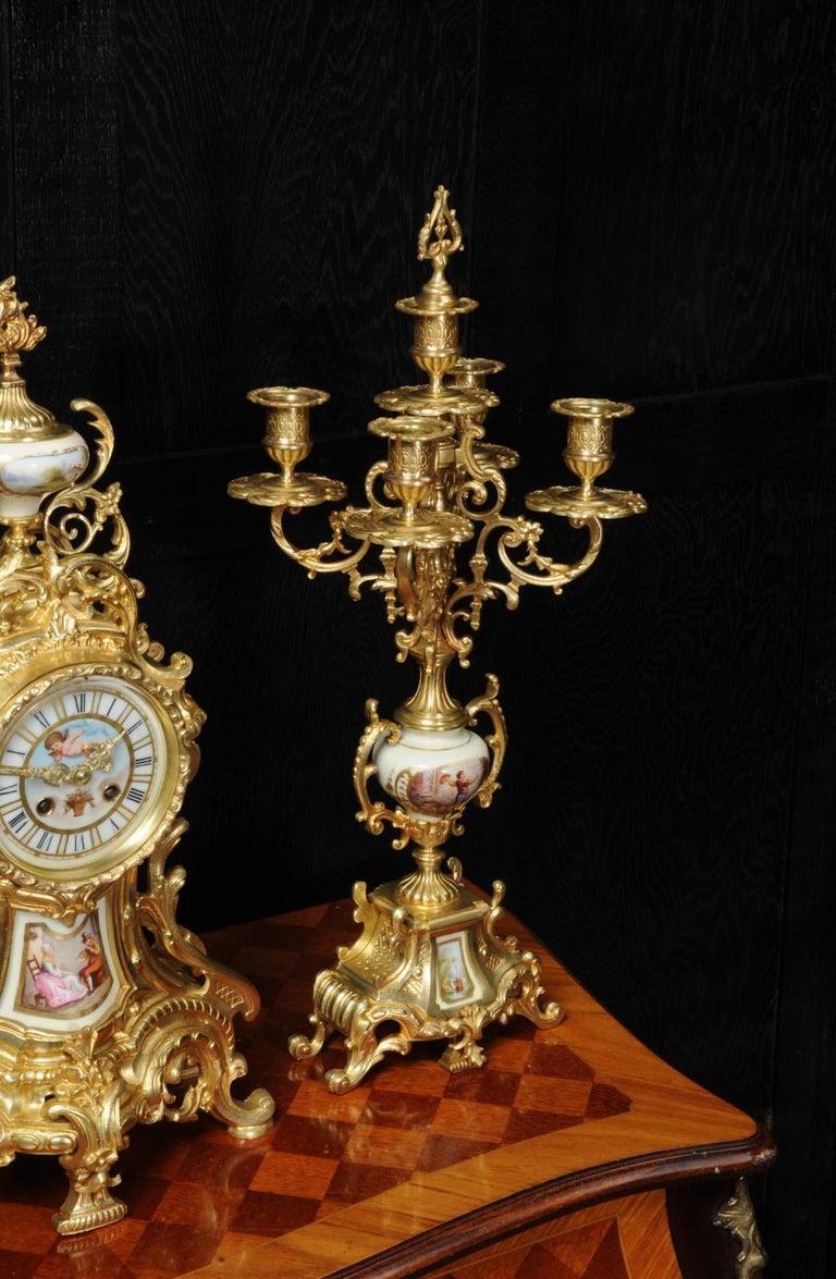 Large Ormolu and Sèvres Porcelain Rococo Antique Clock Set For Sale 7