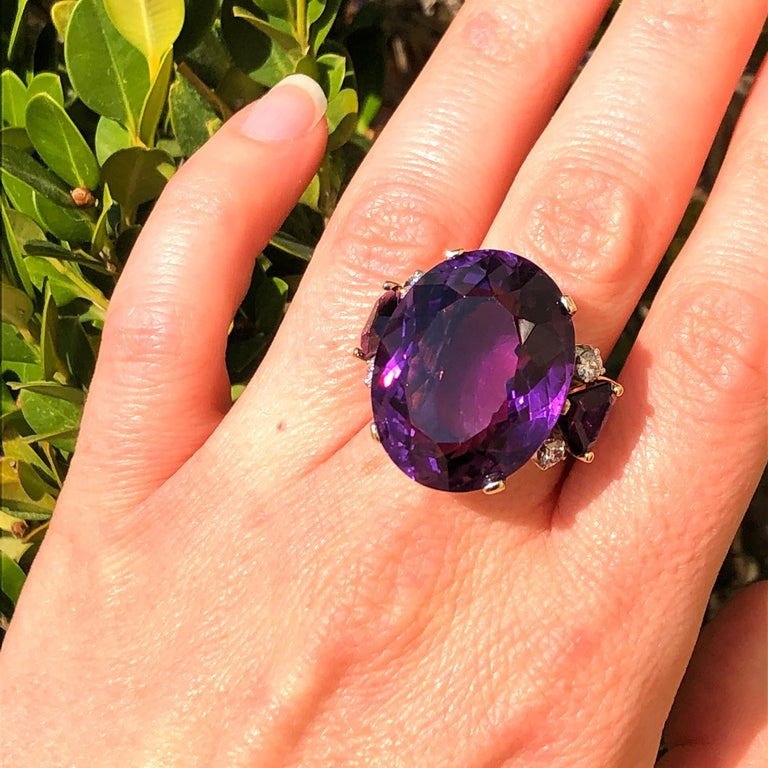 Large Oval Amethyst and Diamond Yellow Gold Ring For Sale 1