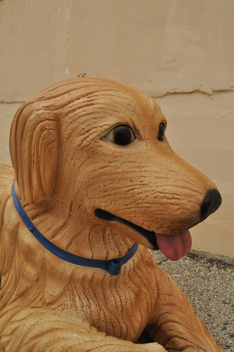 Large Oversize Fiberglass Labrador Retriever Dog Mannequin Retail Store Display In Good Condition For Sale In Philadelphia, PA