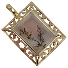Large Overstated Dendritic Agate and 9 Carat Gold Art Deco Design Panel Pendant