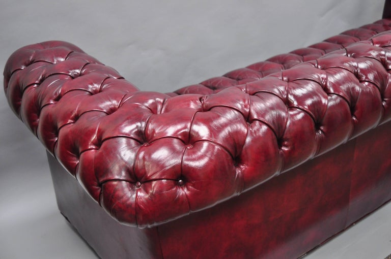 Large Oxblood Burgundy Red Leather Button Tufted Chesterfield Sofa For Sale 9