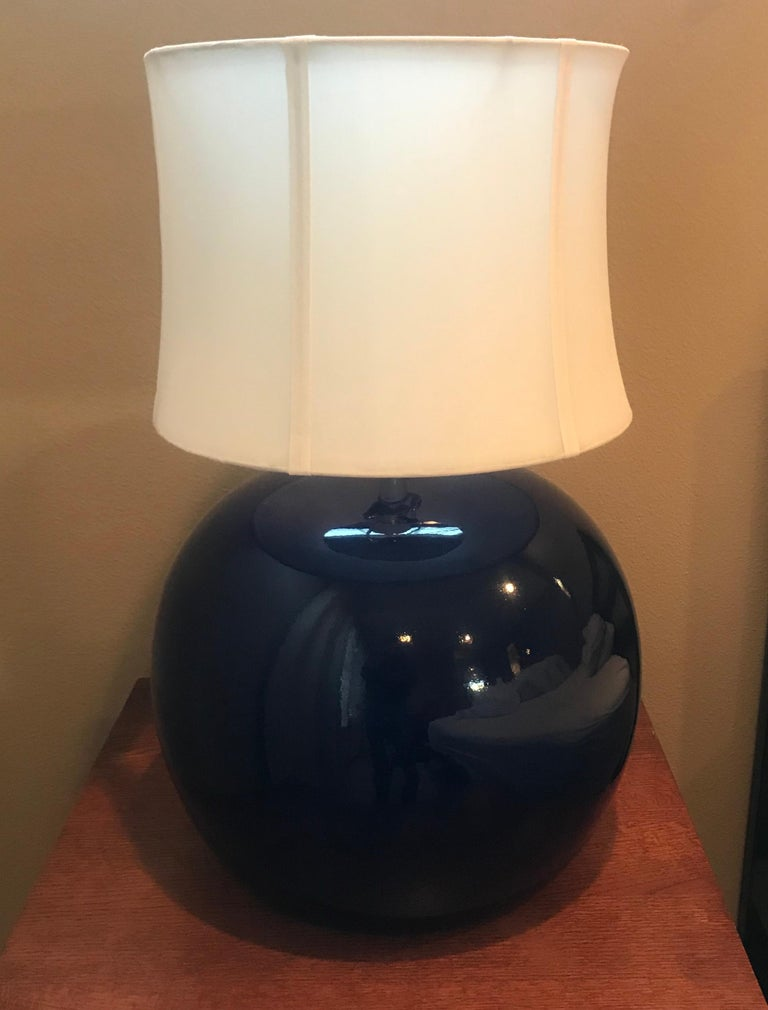 Large Pair of 1960s Portuguese 1970s Cobalt Blue Pottery Table Lamps For Sale 2