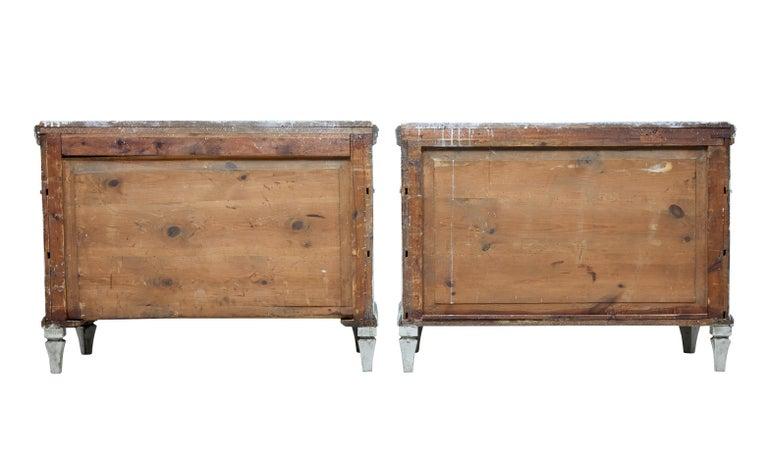 Großes Paar Gustavianisch Inspirierter Schwedischer Kommoden, 19. Jahrhundert 4