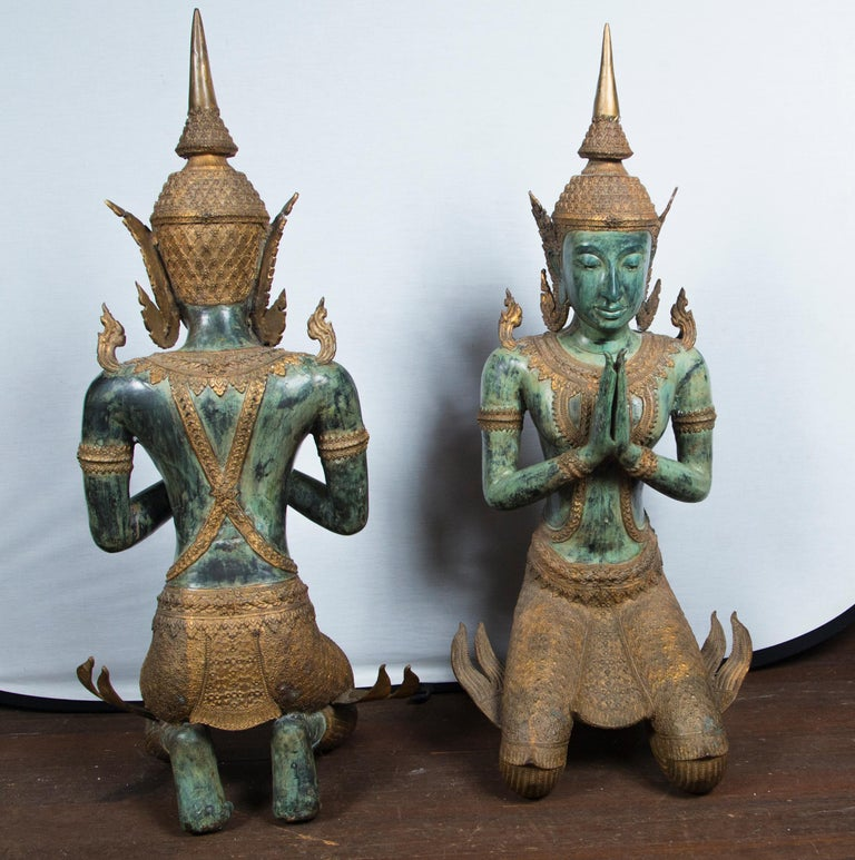 Large Pair of Antique Style Bronze Thai Praying Buddhas For Sale 5