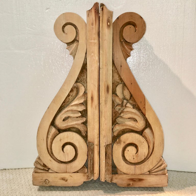 Oak Large Pair of English Antique Corbels  For Sale