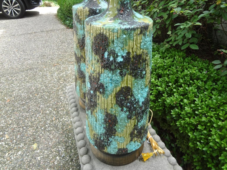 Large Pair of Italian Bitossi Attributed Glazed Ceramic Lamps For Sale 3