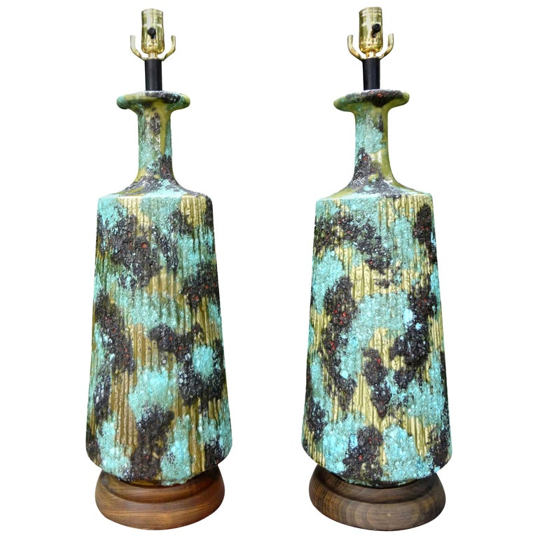 Large Pair of Italian Bitossi Attributed Glazed Ceramic Lamps For Sale