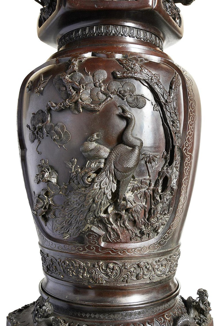 Large Pair of Meiji Period Japanese Bronze Vases For Sale 8
