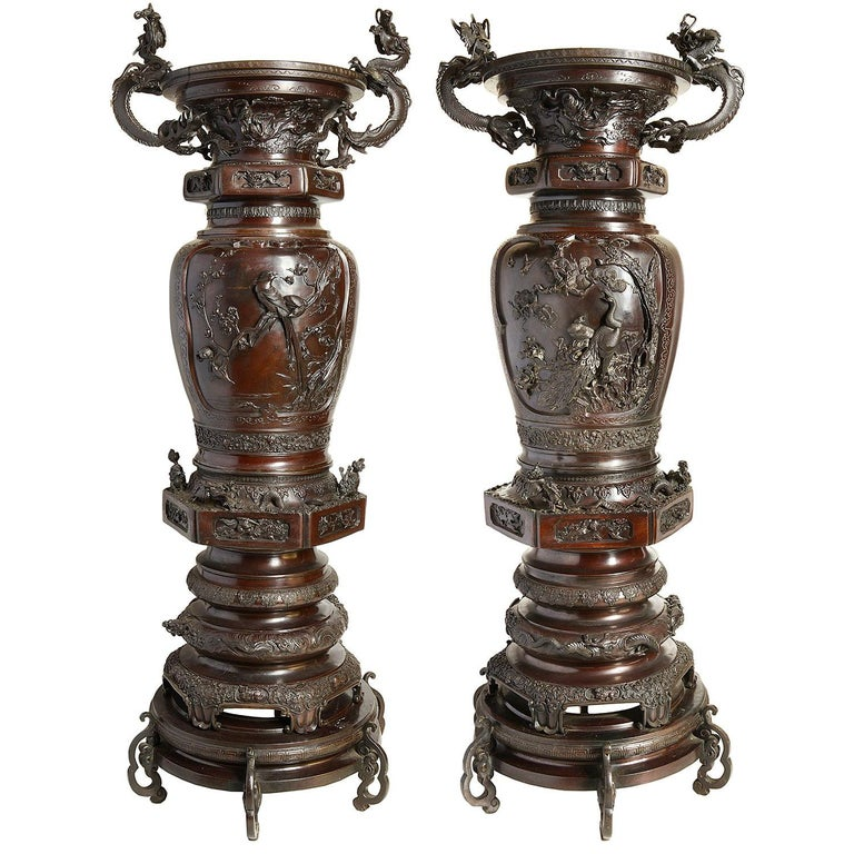 Large Pair of Meiji Period Japanese Bronze Vases For Sale