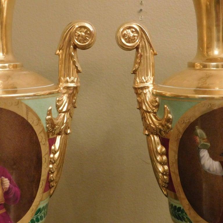 Large Pair of Old Paris Empire Porcelain Vases, Paris, circa 1810 For Sale 4