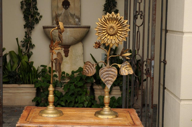 Mid-Century Modern Large Pair of Vintage Midcentury Brass Sunflower Decorative Object on Bases For Sale