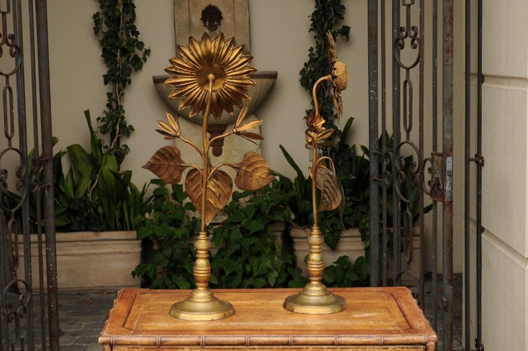 French Large Pair of Vintage Midcentury Brass Sunflower Decorative Object on Bases For Sale