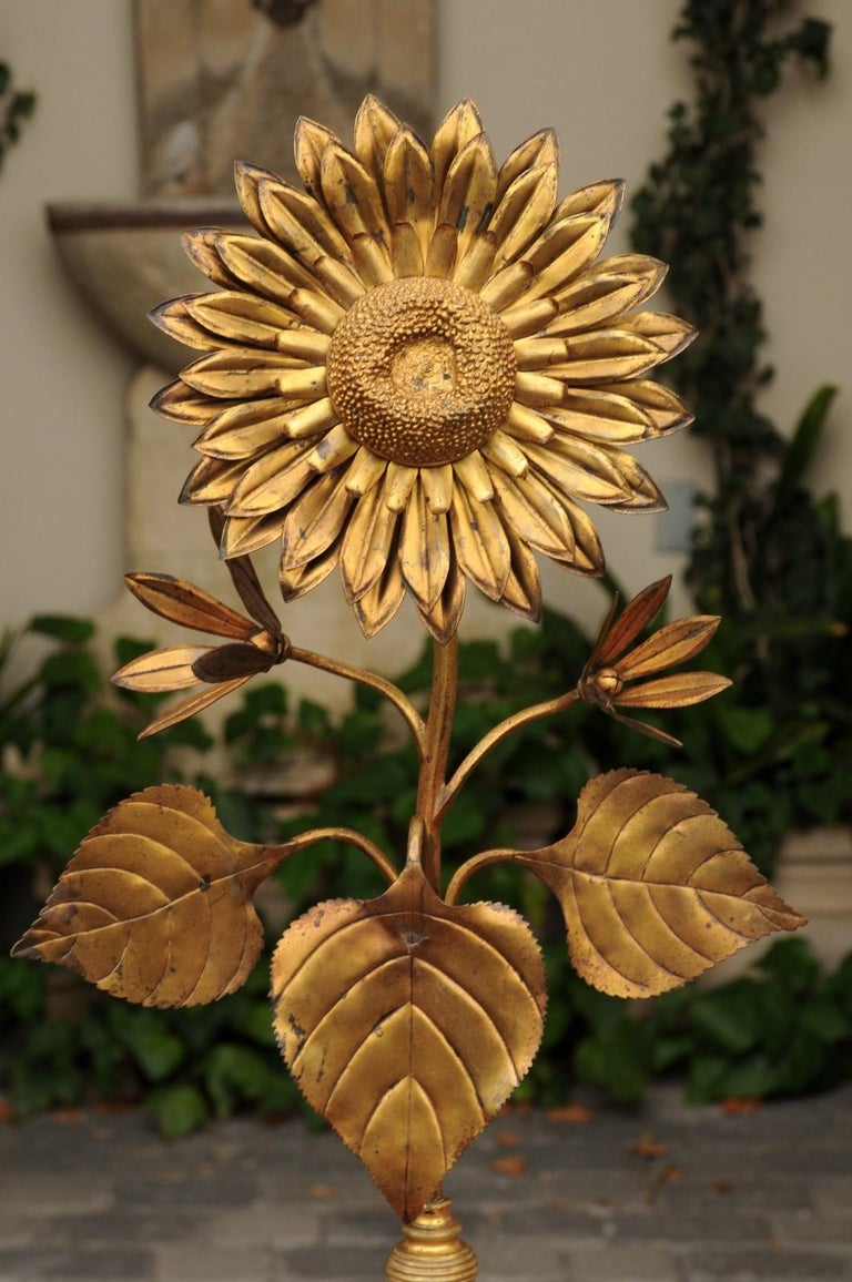 Large Pair of Vintage Midcentury Brass Sunflower Decorative Object on Bases For Sale 3