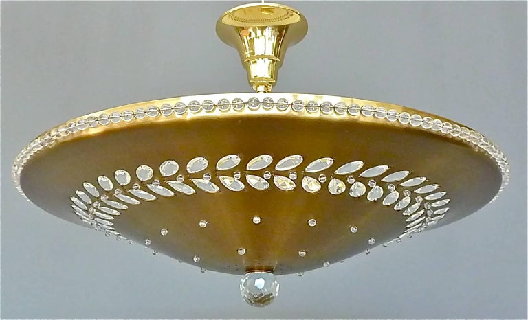 Large Palwa Flush Mount Brass Glass Pearls Beads Paavo Tynell Kalmar Style 1950s In Good Condition For Sale In Nierstein am Rhein, DE