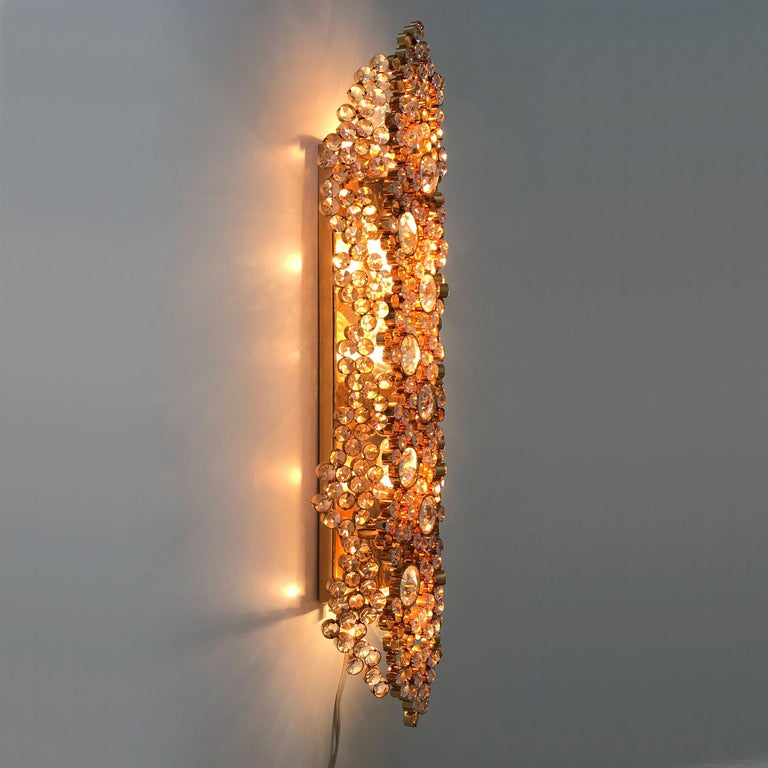 Mid-Century Modern Large Palwa Gilt Brass Facet Cut Crystal Glass Wall Lamp Sconce, 1970s, Germany For Sale