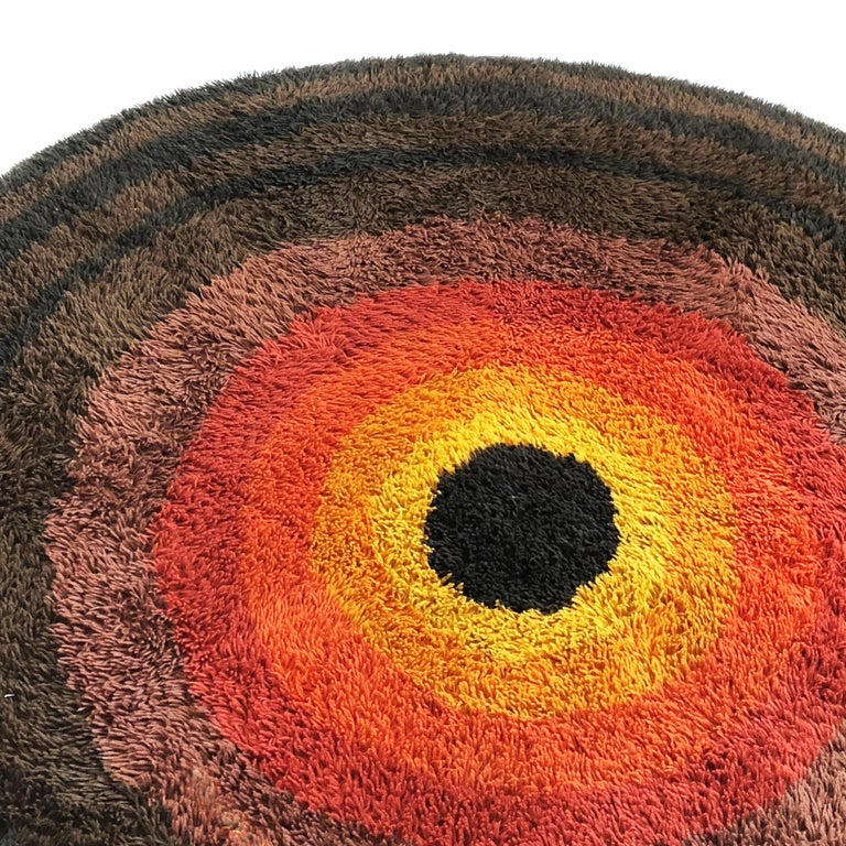 Large Panton Style Multi-Color High Pile Rya Rug by Desso, Netherlands, 1970s In Good Condition For Sale In Kirchlengern, DE