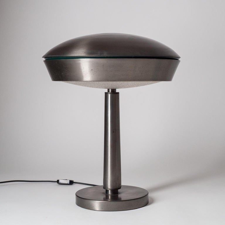 Large Patinated Brass Table Lamp, 1960s, Italy For Sale 4