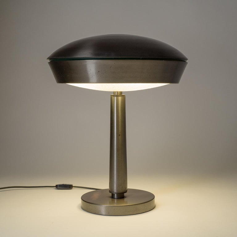 Mid-Century Modern Large Patinated Brass Table Lamp, 1960s, Italy For Sale