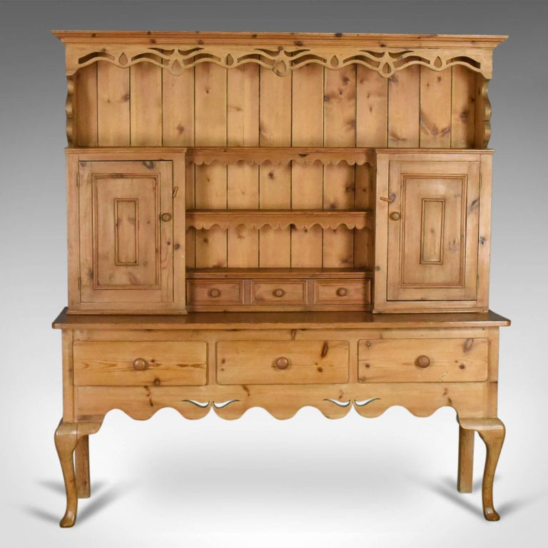 This Is A Large Pine Dresser In The Victorian Taste Country Kitchen Cabinet Dating