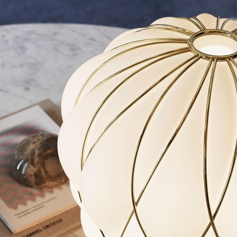 Large 'Pinecone' Table Lamp in Translucent Glass & Gold Metal for Fontana Arte For Sale 4