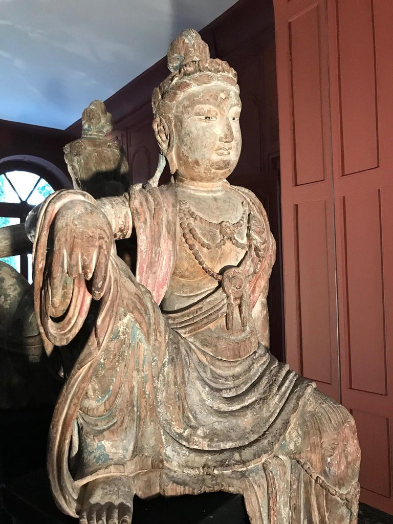 Polychrome Wood Figure of Guanyin Qing Dynasty China 19th Century For Sale 6