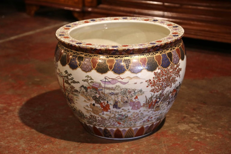 Large Porcelain Chinese Fishbowl Planter With Clic Oriental Decorations In Excellent Condition For Dallas