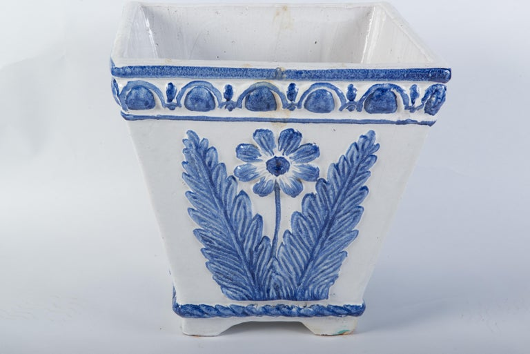 Large Portuguese Blue & White Pottery Jardinière In Good Condition For Sale In Stamford, CT