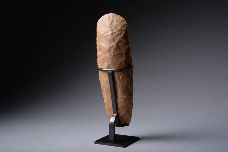Large Prehistoric Neolithic Flint Axe In Excellent Condition For Sale In London, GB