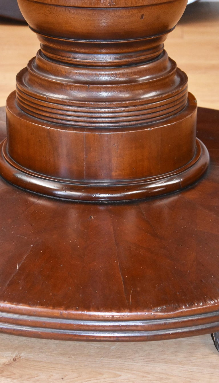 Large Regency Style Mahogany Circular Dining Table For Sale 2