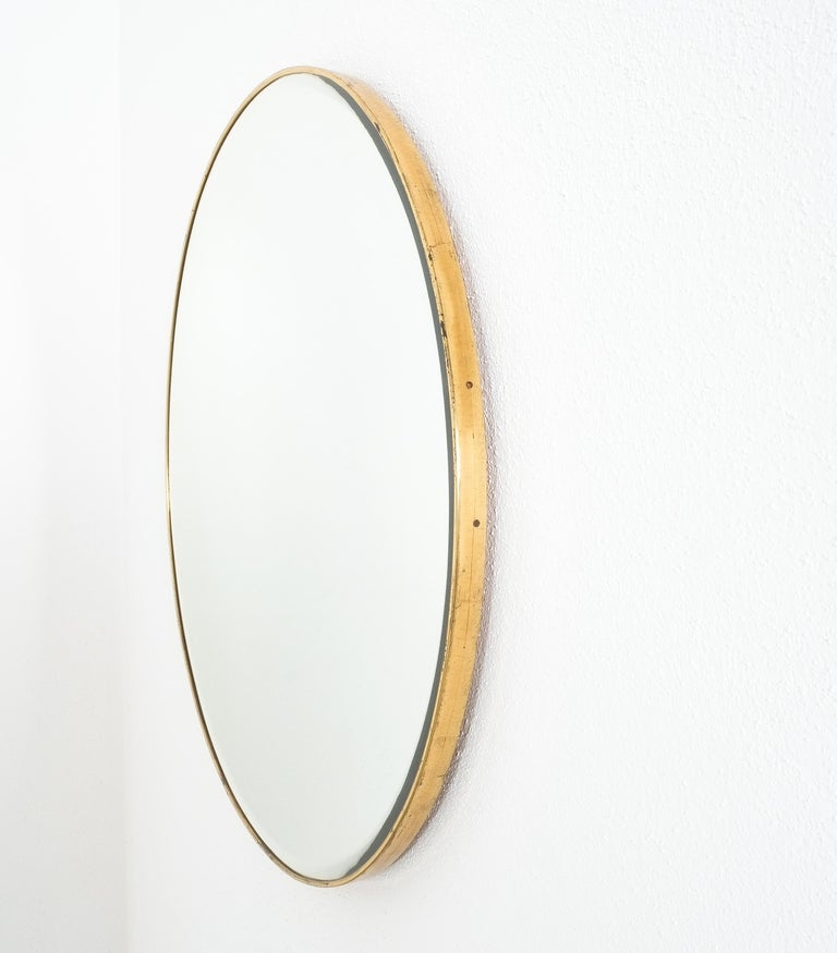 Large Round Brass Wall Mirror Beveled Edges, Italy, circa 1955 For Sale 1