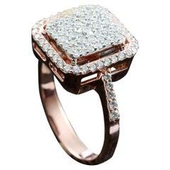 Large Round Diamond Cluster Bridal Ring in 18 Karat Gold