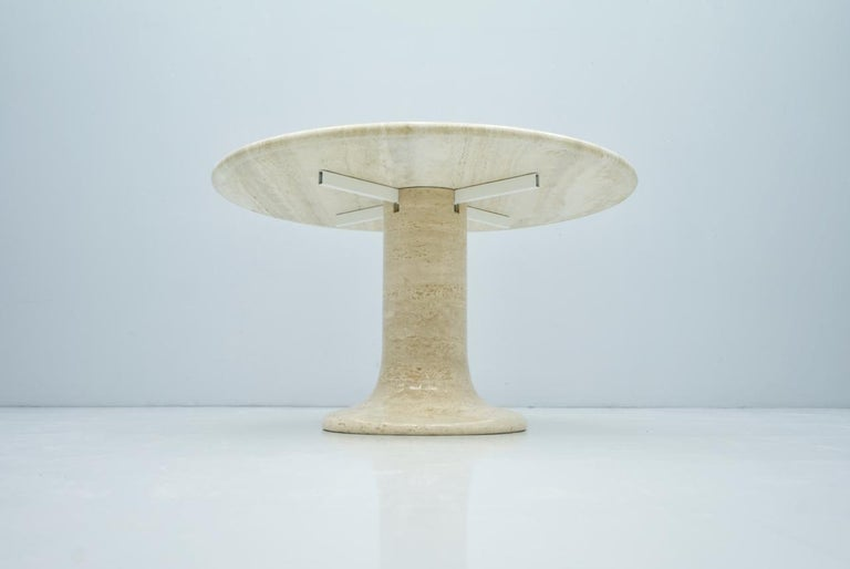 Large Round Travertine Dining Table, Italy, 1970s For Sale 1