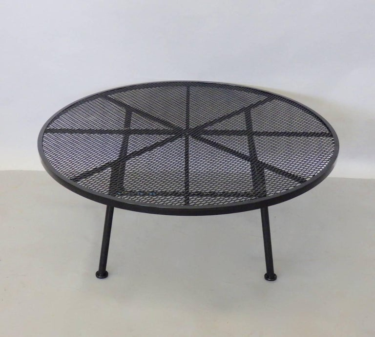 Powder-Coated Large Round Woodard Gloss Black Wrought Iron Coffee Cocktail Table For Sale