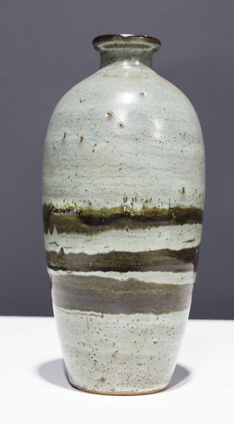 Mid-Century Modern Large Rounded Ceramic Vase by Albert Green For Sale