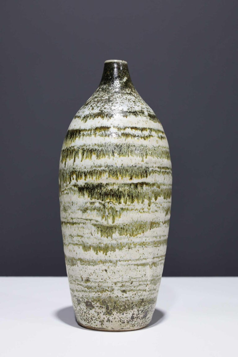 North American Large Rounded Ceramic Vase by Albert Green For Sale