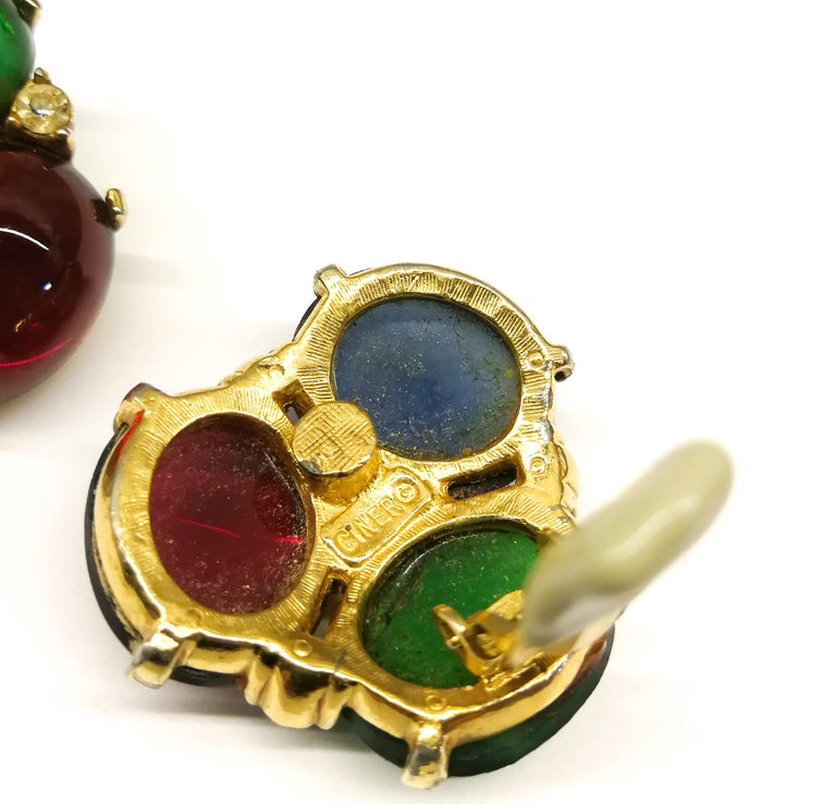 Large ruby, emerald and sapphire paste cabuchon earrings, Ciner, USA, 1980s For Sale 2
