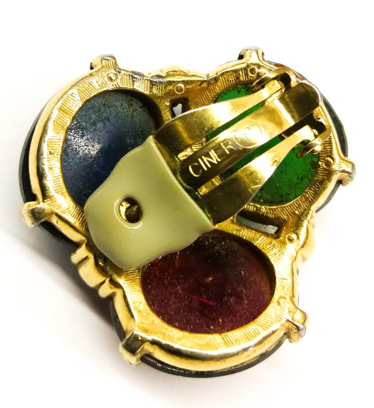 Large ruby, emerald and sapphire paste cabuchon earrings, Ciner, USA, 1980s For Sale 4