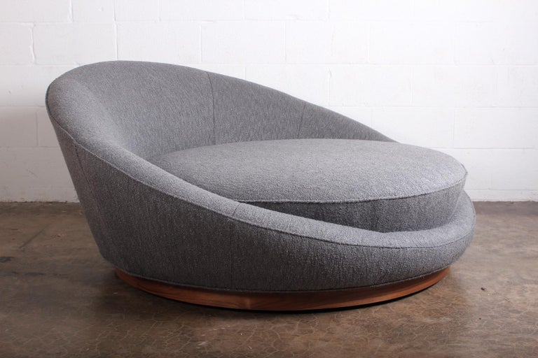 Large Satellite Lounge Chair by Milo Baughman In Excellent Condition For Sale In Dallas, TX