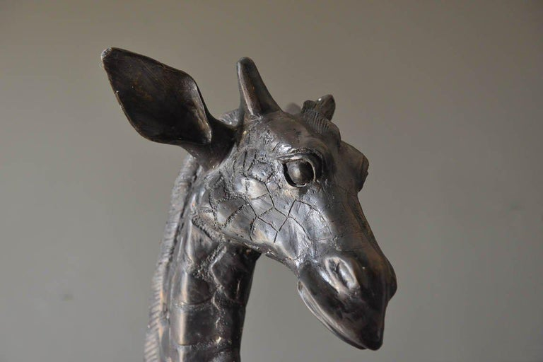 Large Scale Pair of Bronze Giraffe Statues, circa 1970 In Good Condition For Sale In Costa Mesa, CA