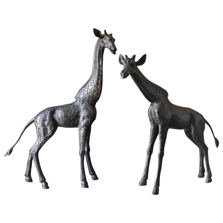 Large Scale Pair of Bronze Giraffe Statues, circa 1970 For Sale