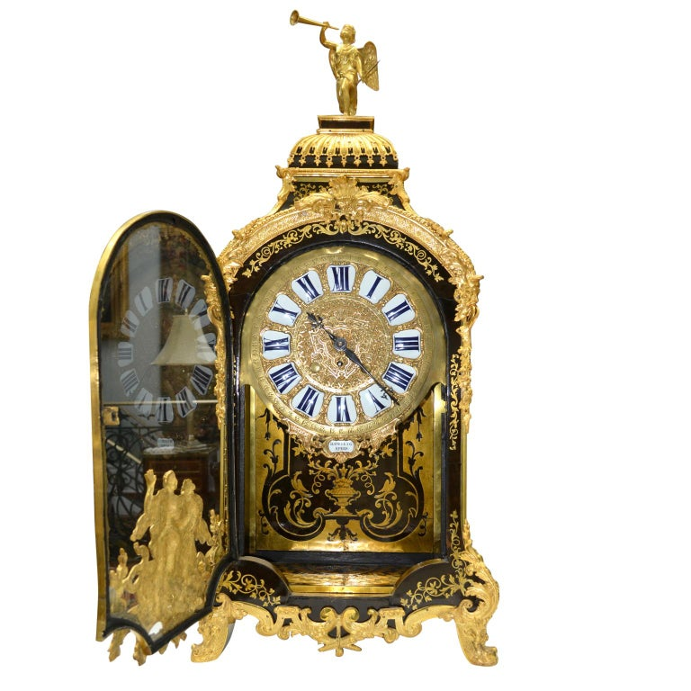 Large Scale Period Louis XIV Boulle Cartel Clock with Matching Plinth/Bracket In Good Condition For Sale In Vancouver, British Columbia