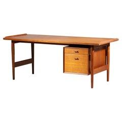 Large Scandinavian Single Pedestal Desk by Danish Designer Arne Vodder  - E519